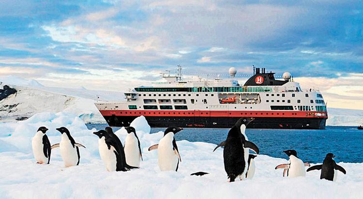 Paradise-Harbour-cruceros-Foto-cruisenorwaycom_LRZIMA20121018_0045_4